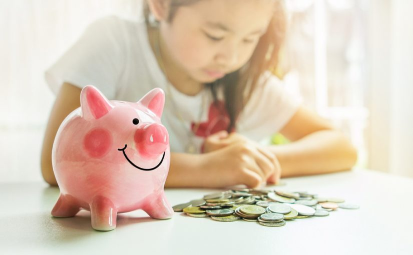 Top 5 ways to teach kids about money & budgeting